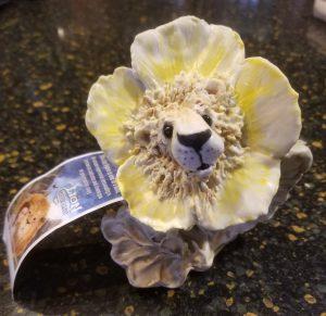Lion of Tupungato porcelain figure
